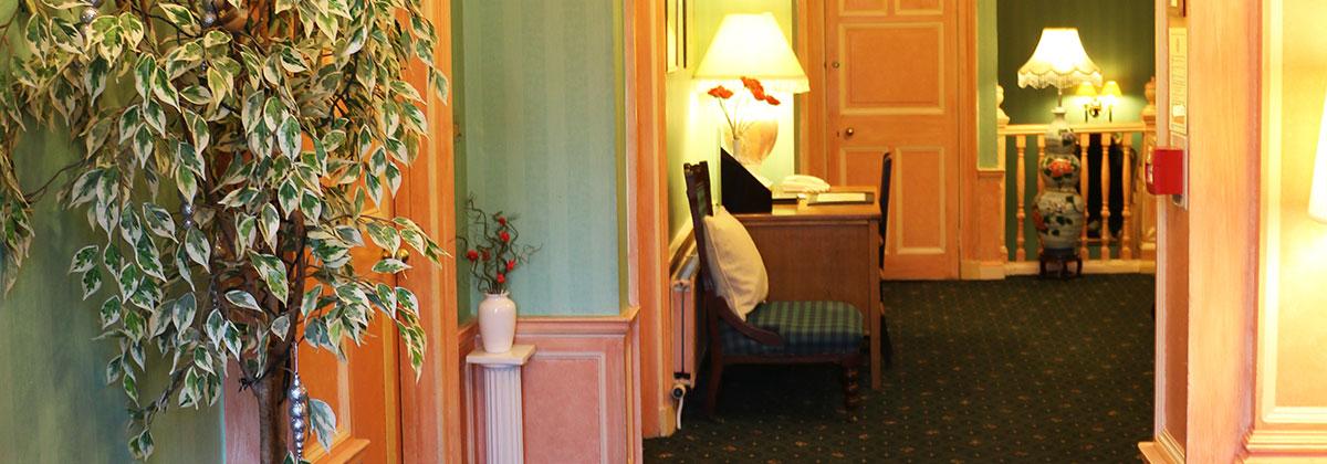 Grosvenor Gardens Hotel $105 ($̶2̶3̶7̶). Edinburgh Hotel ...